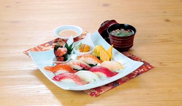 茨城県境町のグルメ:すし和膳さむらい