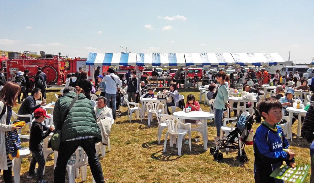 茨城県境町さかい河岸フェスティバル:テーブル席