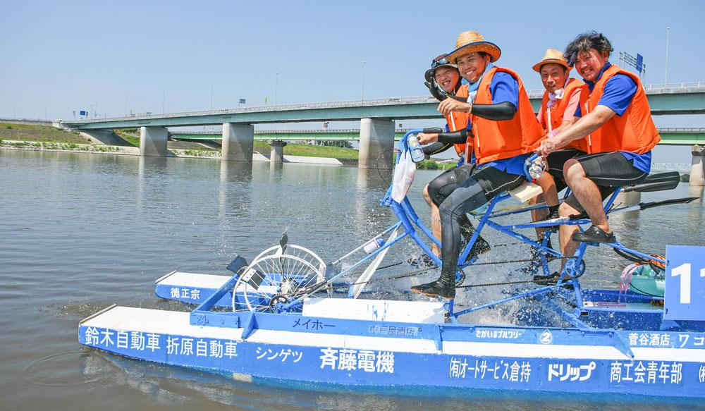 茨城県境町利根川いかだレース選手権inさかい:2位入賞チーム