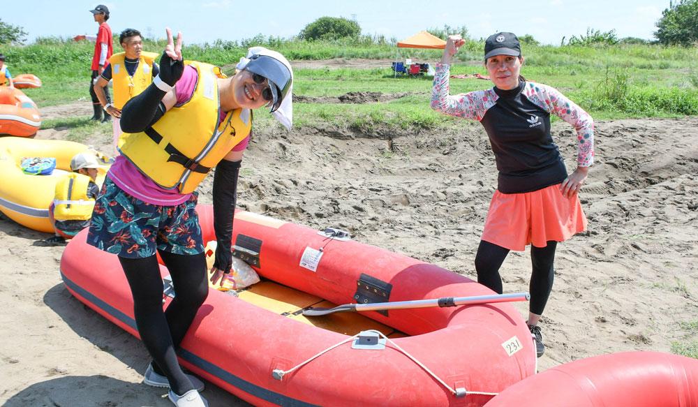 茨城県境町利根川いかだレース選手権inさかい:ボート